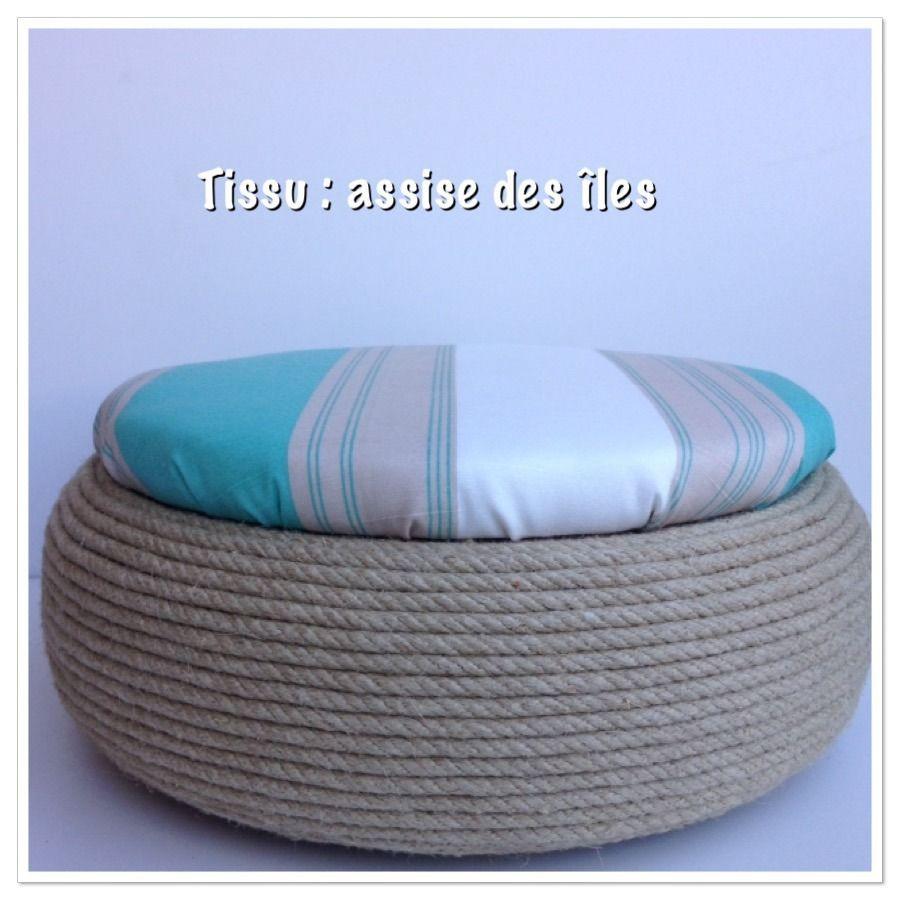 fauteuil en bois de palettes recycl es pour jardin ou int rieur poufs. Black Bedroom Furniture Sets. Home Design Ideas