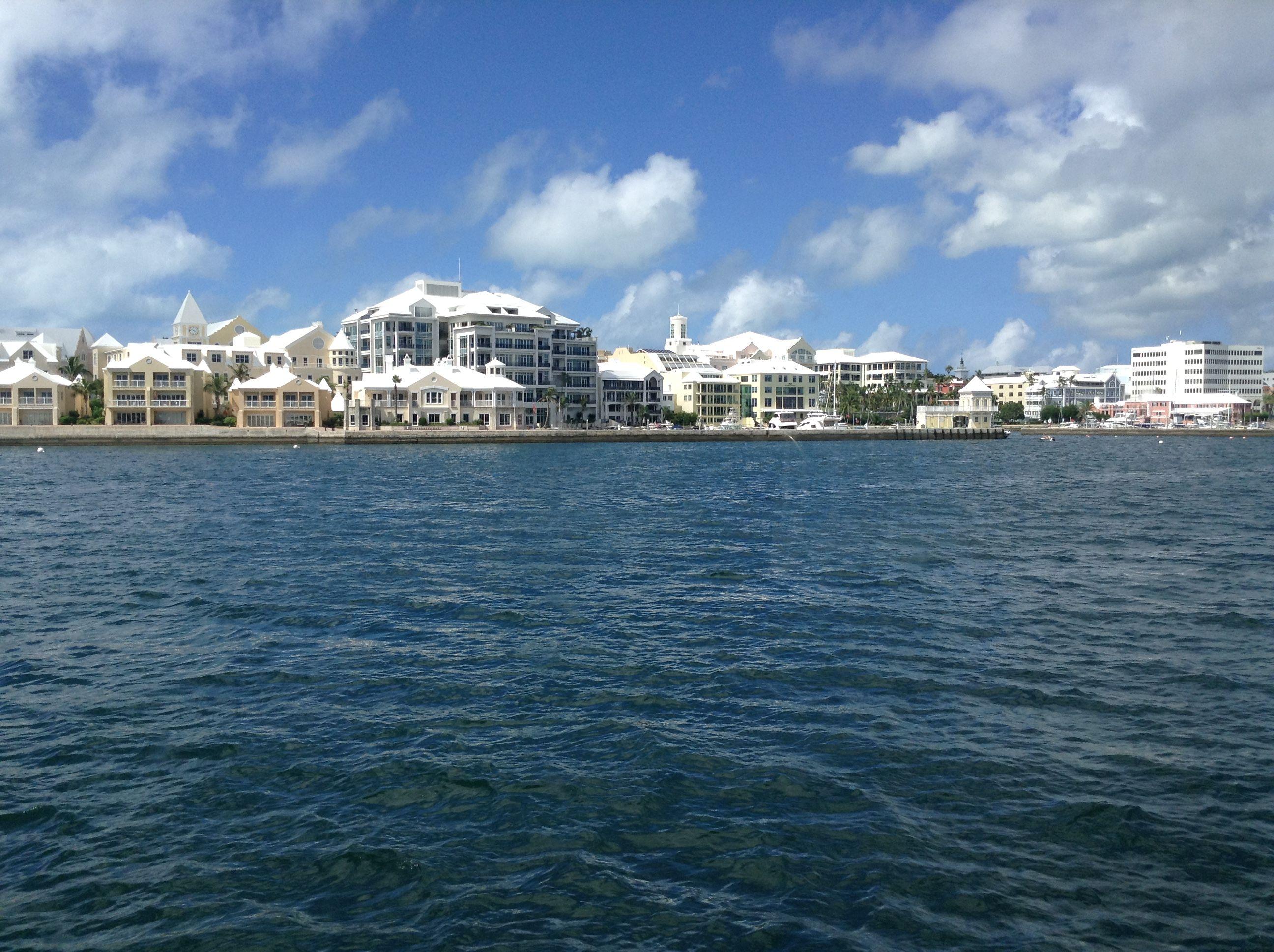 Pin By Valhalla Blue On Bermuda Liv In De Dream At Home A Staycation Golden Beach Rockhampton Beach Scenes [ 1936 x 2592 Pixel ]