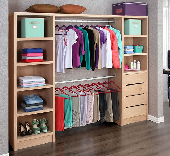 Exhibidores creativos para revistas buscar con google for Walking closet modernos pequenos