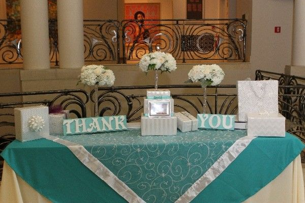 Tiffany Blue Tablecloth Perfect For An Accent Table Welcome Tab