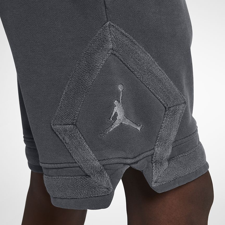fae730d8950 Jordan Sportswear Diamond Men's Washed Fleece Shorts | Gymwear ...