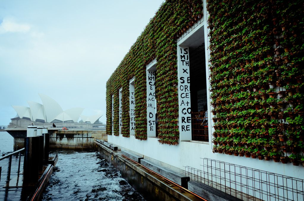 """recycled architecture: """"A waste free restaurant"""" - Greenhouse by Joost"""