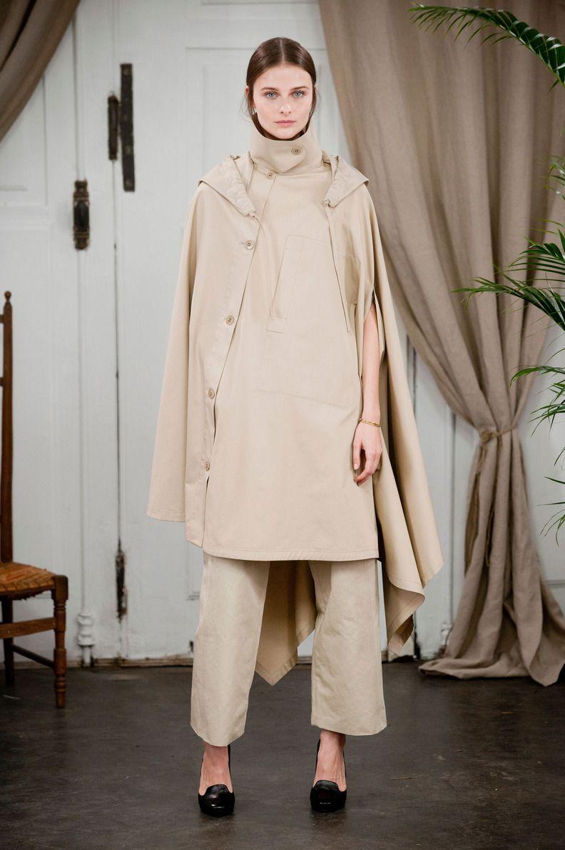 Défilé Christophe Lemaire, prêt-à-porter printemps-été 2014, Paris. #PFW #fashionstreet #runway