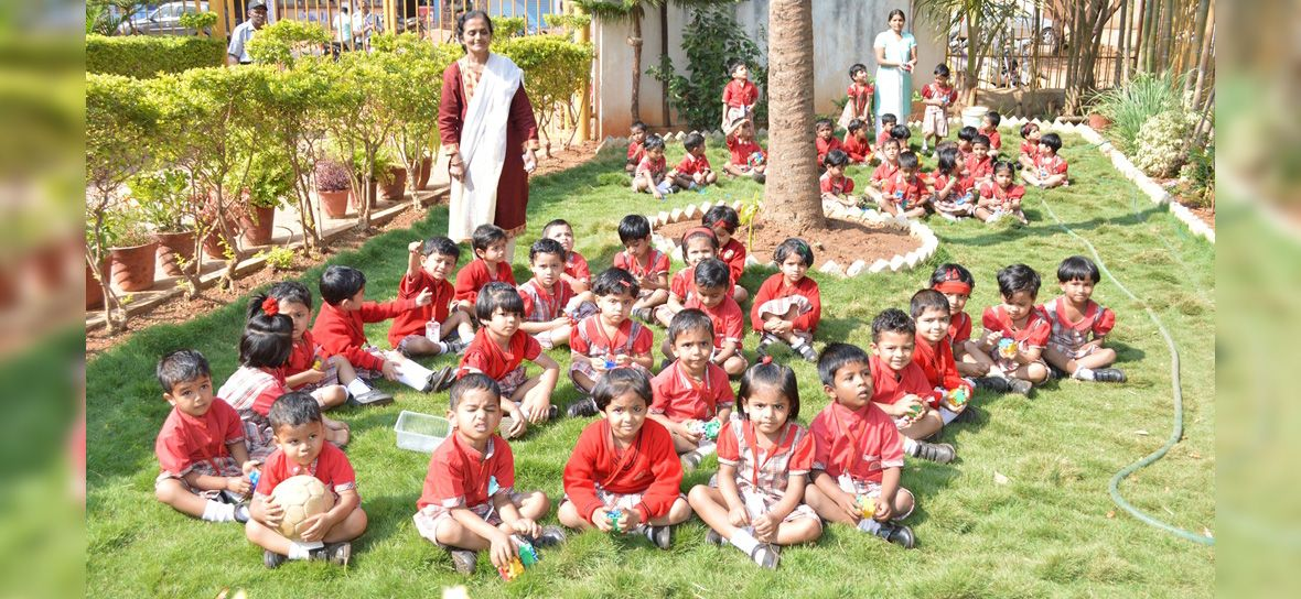 Kle School Manjunathnagar Innovative Education Values Education Society
