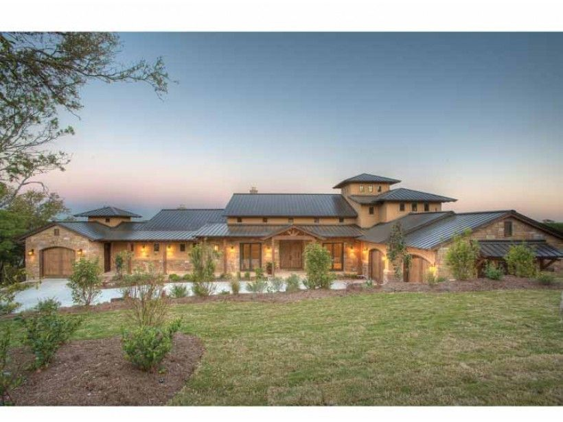 Eplans Prairie House Plan Hill Country Fusion Home 4185 Square