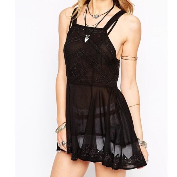 Free people marrakesh tunic Black lace tunic with square neckline and strappy back! Only worn once! In great condition and is so pretty!! Free People Tops Tunics
