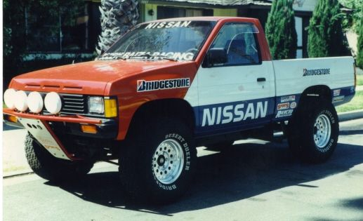 got some cool pics of a nissan hardbody