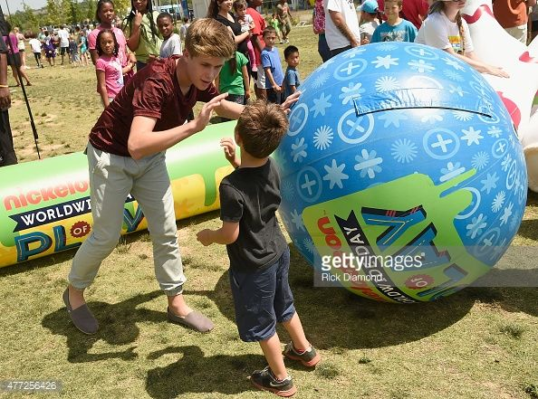 Owen Joyner Attends Nickelodeon S 100 Things To Do Before High