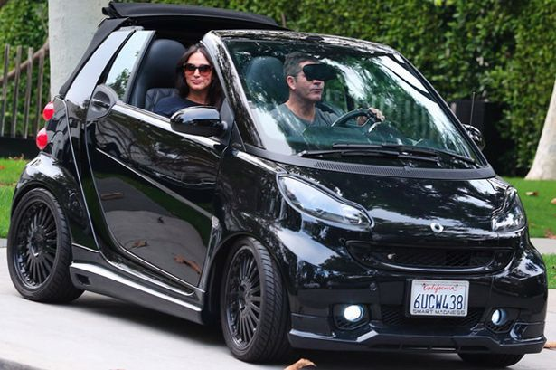 Simon Cowell out in his smart - Smart Car Forums