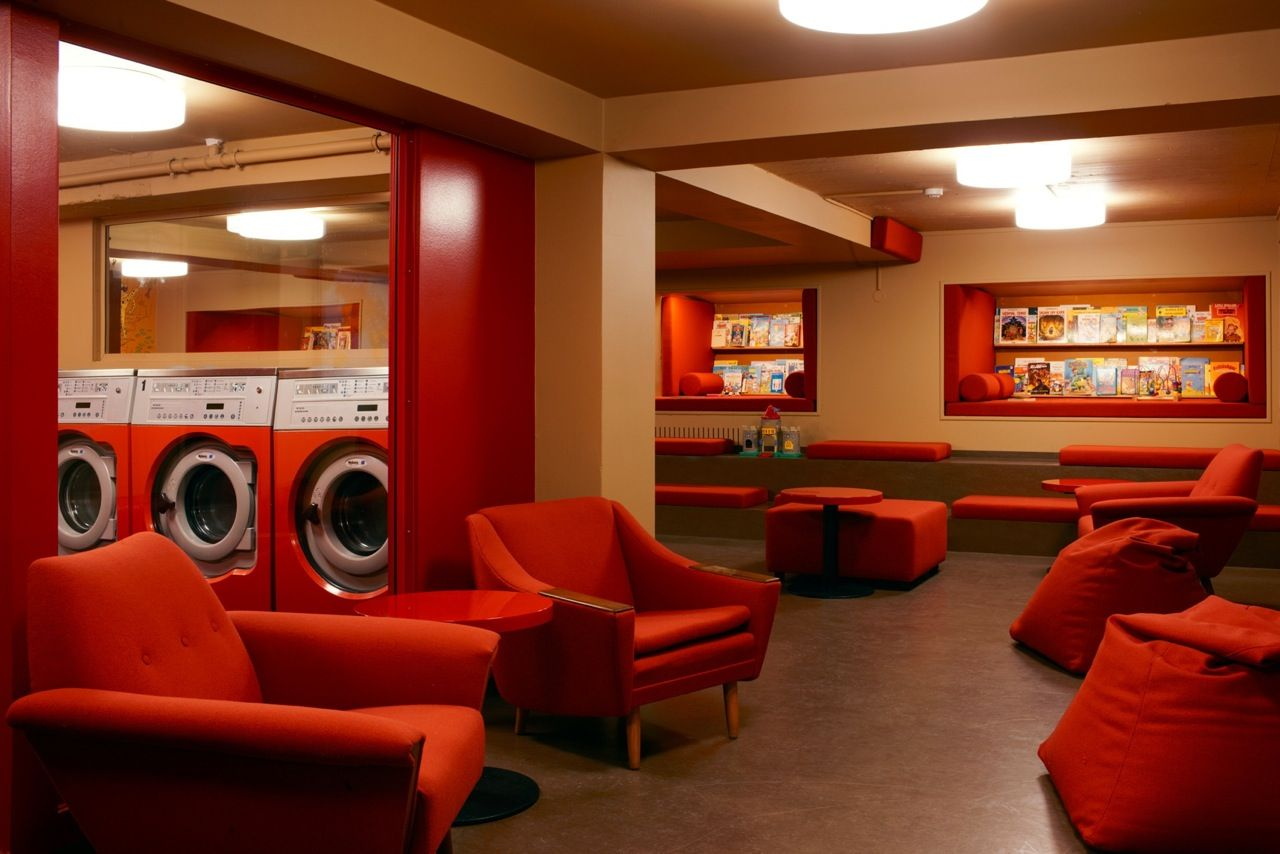 The Laundromat Café