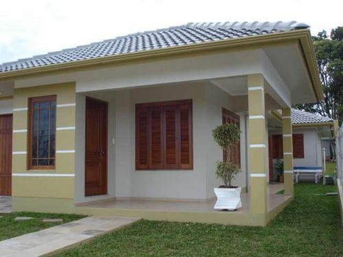 a4519f4e1 linda casa com várias modelos de janela em madeira | Viviendas ...