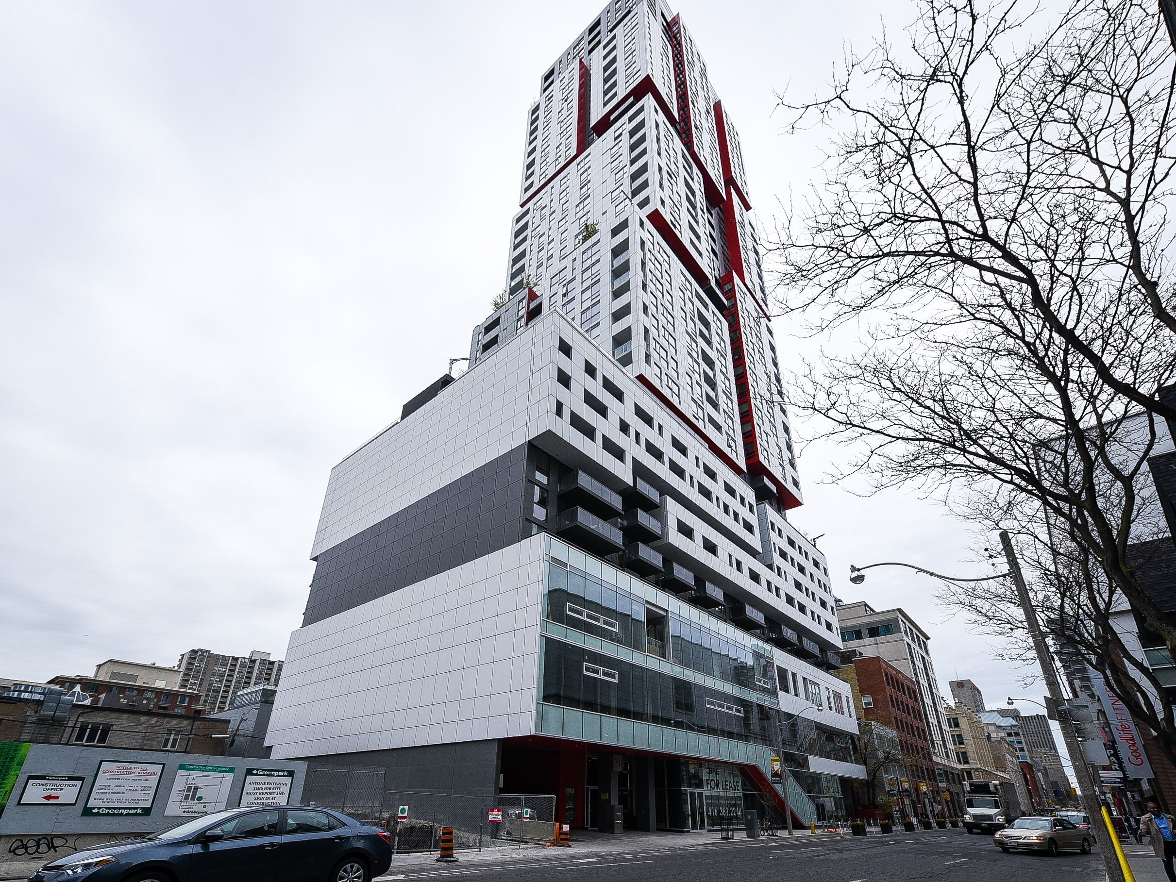318 Richmond St W Suite 3506 Listed By Matt Smith For Sale Featuring 6 Rooms 1 1 Bedrooms And 1 Bathroom Welcome To Cube Design Toronto Skyline Building