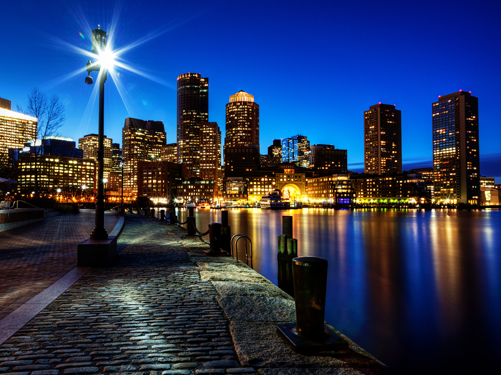 Boston Night Skyline Wallpaper Conservatives See A Future America As A Violent Dystopia