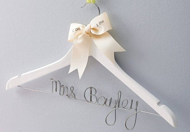 14 Gorgeous Wedding Keepsakes to Treasure After the Big Day ...