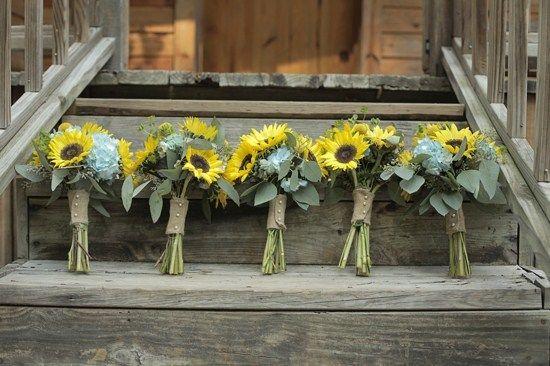 http://www.thelovelyfind.com/wp-content/uploads/2013/01/lowcountry-wedding-inspiration-6.jpg