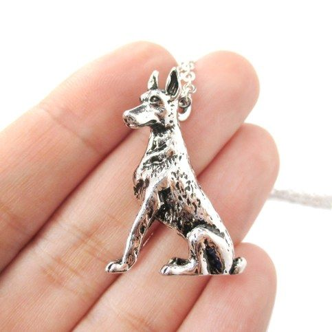 3d Realistic Doberman Pinscher Dog Breed Animal Charm Necklace In Shiny Silver From Dotoly Animal Jewelry Doberman Pinscher Doberman Pinscher Dog Animal Jewelry