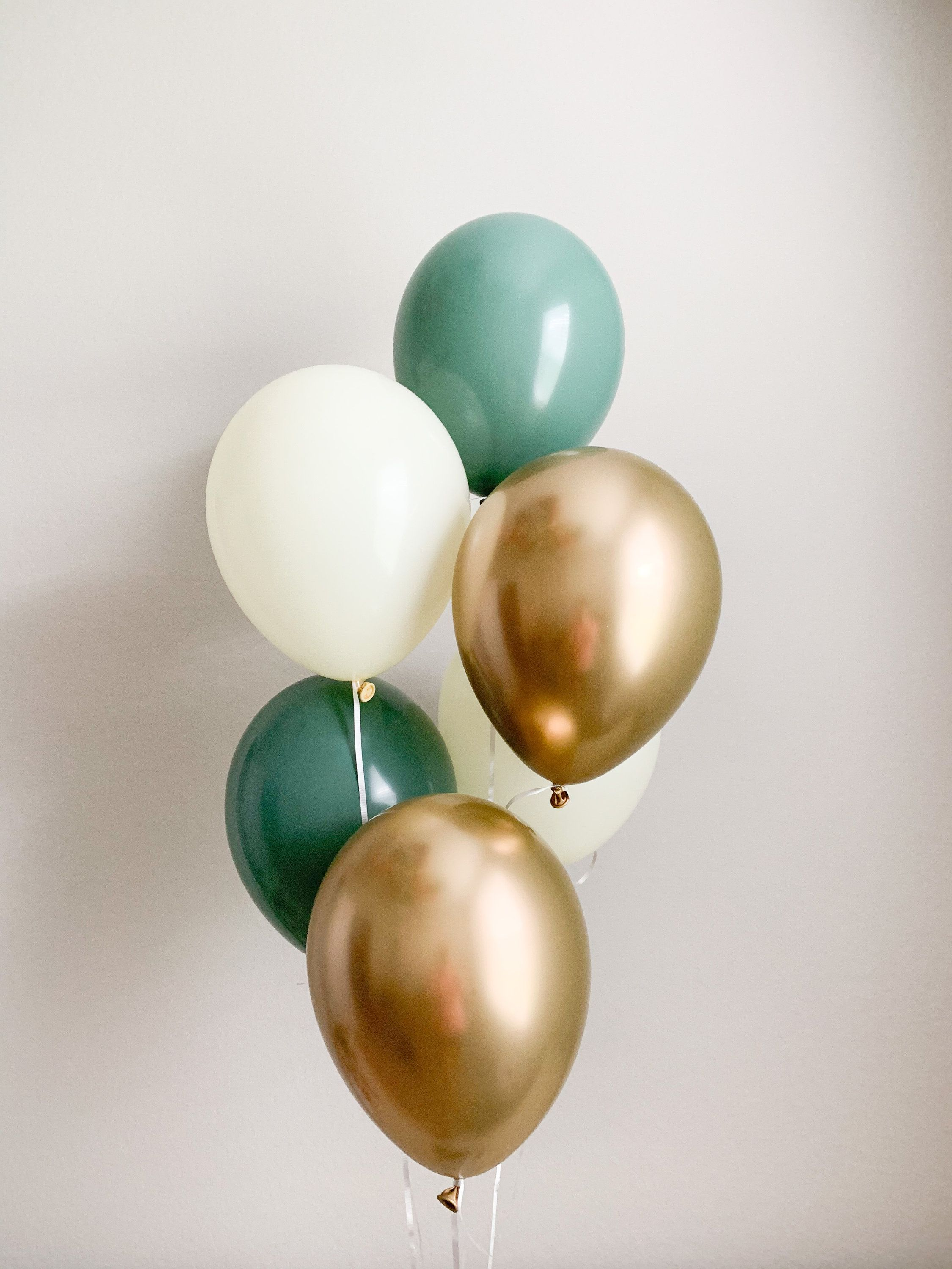 Chrome Gold and Confetti Balloons Bridal Shower Decor Baby Shower Balloons Sage Wedding Sage Decorations Sage Green Balloons