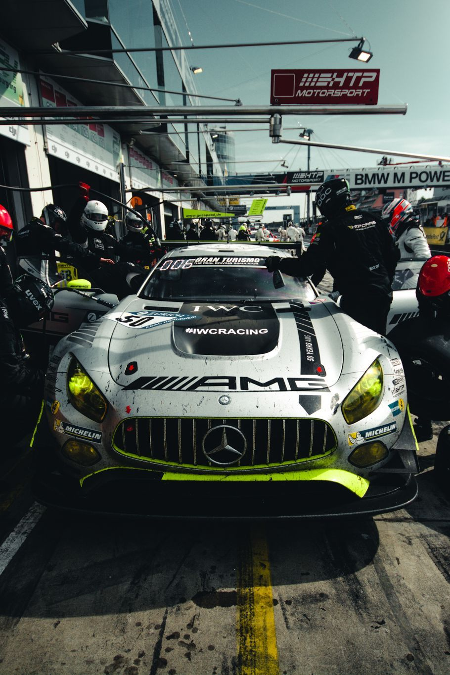 Bald geht es wieder ab in die Eifel! Wem drückt ihr an diesem Wochenende die Daumen? [Photo: Felix Maurer Photography] _______________________________________ #addicted2motorsport #n24h #mercedes #amg #pitstop #racing #racecar #mercedesamg #gt3 #nring #mercedesamg