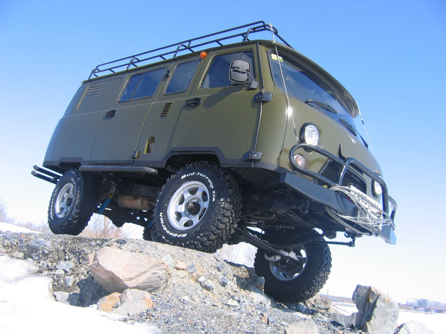 uaz 452 uaz 452 russian 4x4 van for off road camper base. Black Bedroom Furniture Sets. Home Design Ideas