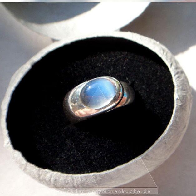 925 Silber Ring mit hellblauem Mondstein