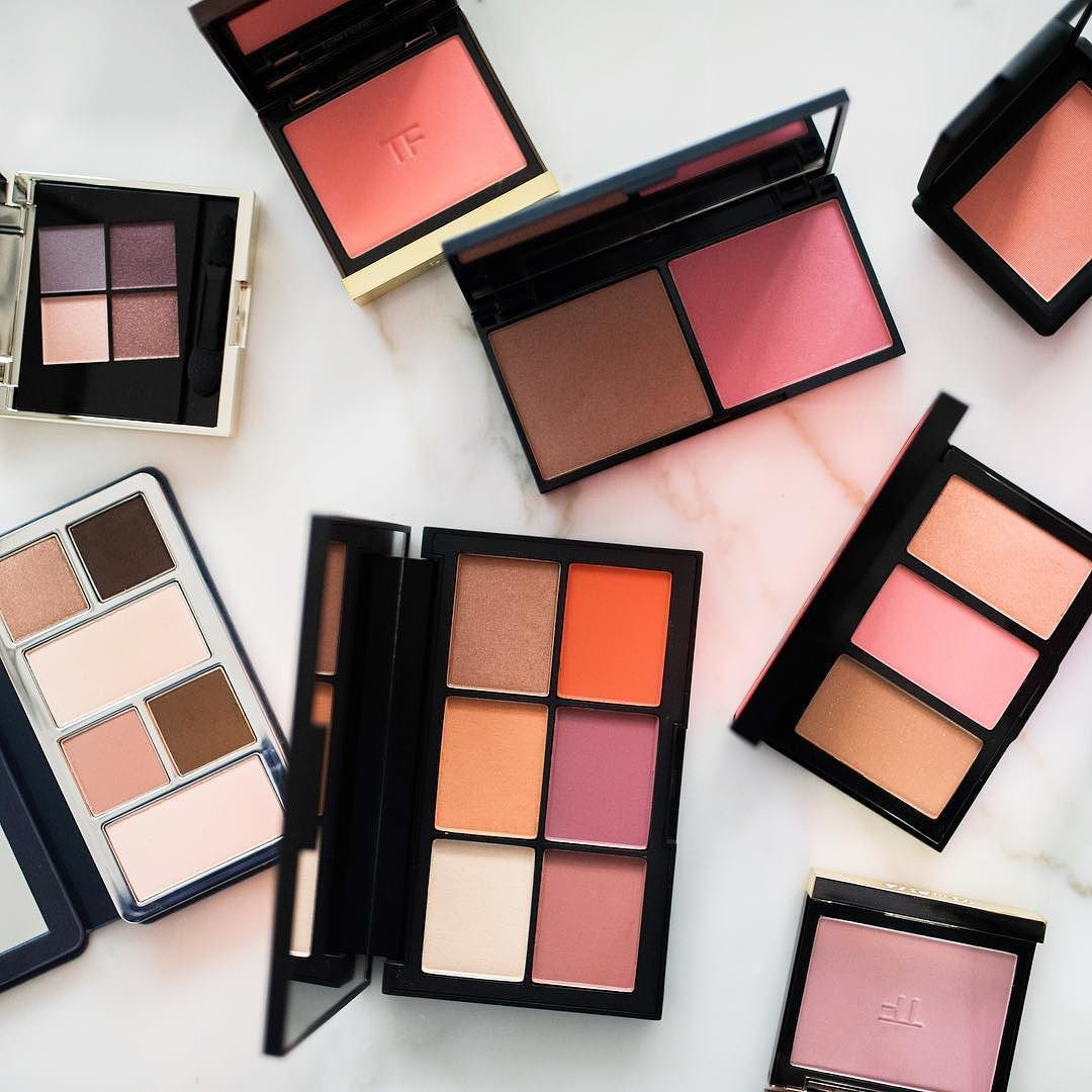 Palettes on palettes! Our beauty experts love palettes because they are an easy way to add a pop of color and add variety to your makeup routine from season to season. What spring trend are you excited to try? Tell us below in the comments!  #bluemercury #beauty #palettes #makeup #springbeauty #blushes #bronzer #glam #pretty #fun #color #springcolor