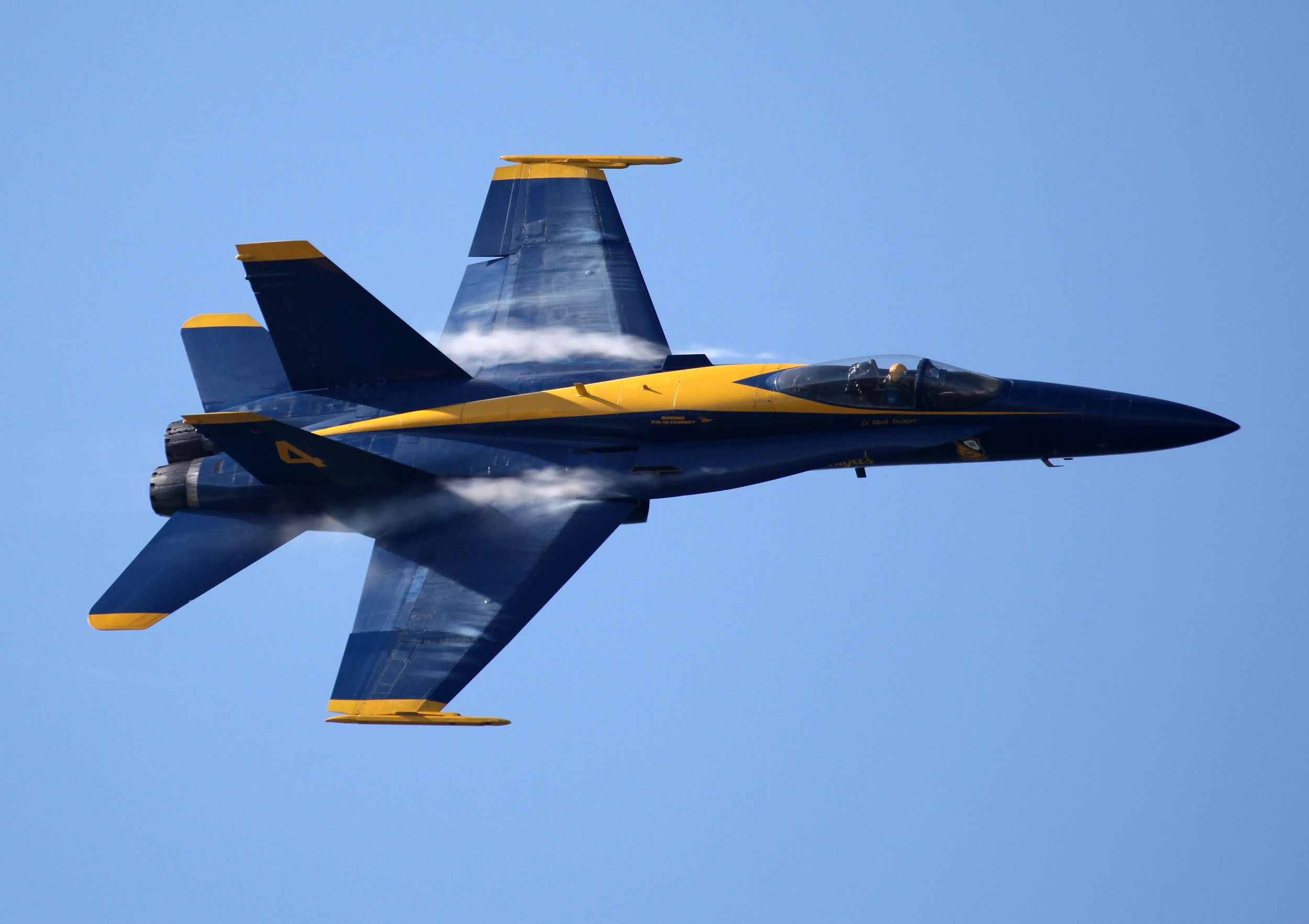 Former Blue Angels commander relieved of duty Blue