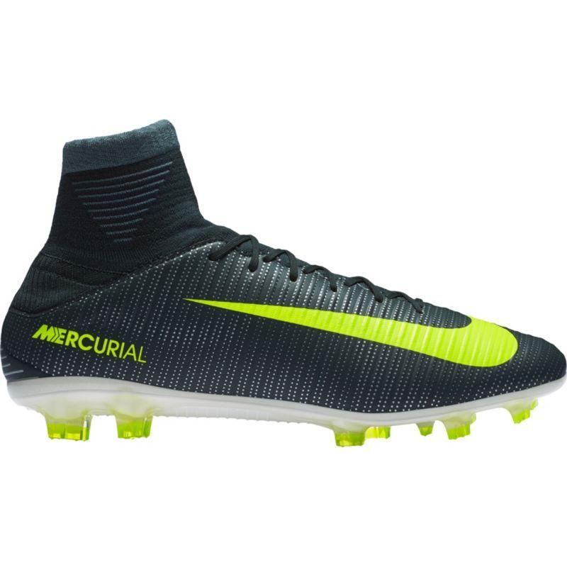 347715d49 Nike Men s Mercurial Veloce III DF CR7 FG Soccer Cleats