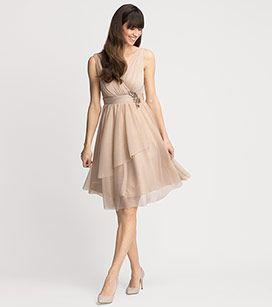 Abendkleid in der Farbe skin bei C&A | Abendkleid, Kleider ...
