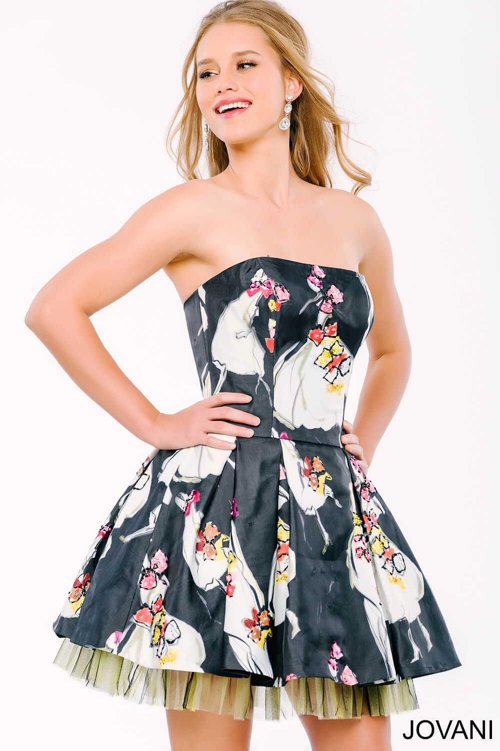 This jovani floral printed dress with tulle underlay is sure
