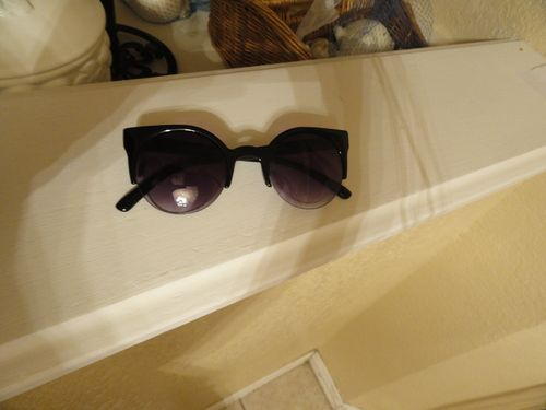 Retro Cat Eye Sunglasses - $15.00.