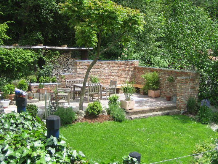 Terrassensitzplatz Mit Ziegelmauer Terrassensitzplatz Mit Ziegelmauer The Post Terrassensitzplatz Mit Ziegelmauer App Garten Gartengestaltung Garten Terrasse