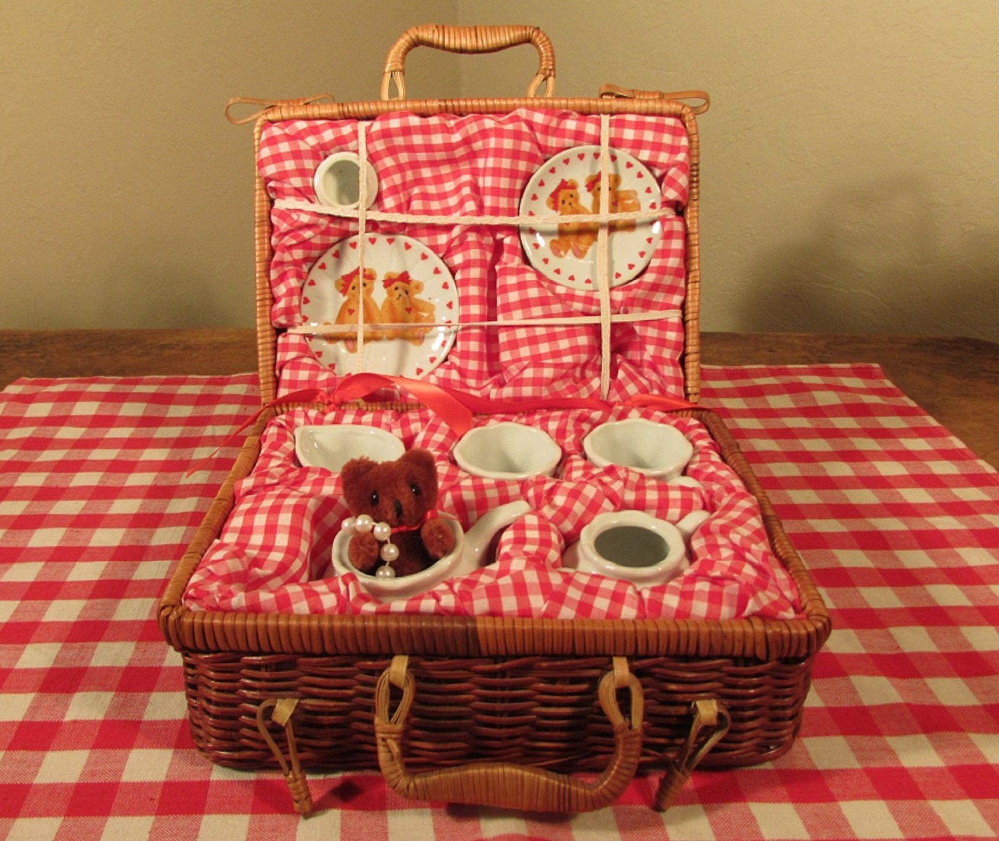 Teddy Bear Tea Set Vintage Porcelain Dishes For Kids Wicker Case With Red Gingham Valentine S In 2020 Vintage Porcelain Tea Sets Vintage Porcelain Tea Sets Vintage