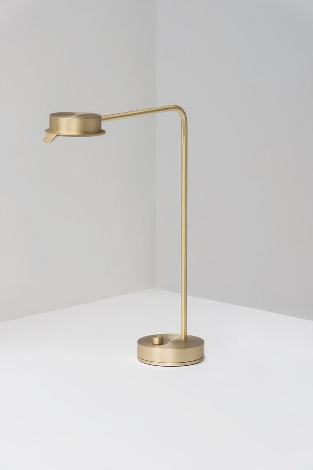 Wästberg 102 | Lamp, Desk lamp, Golden table lamps