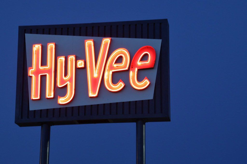 Found on Bing from in 2020 Neon signs