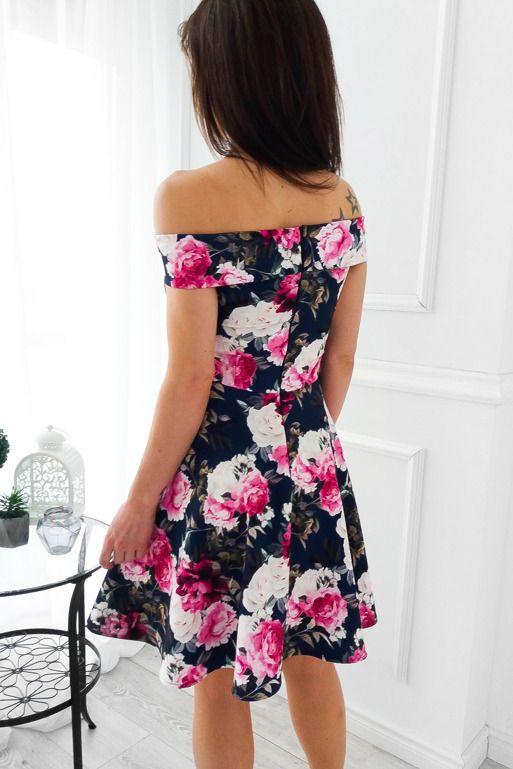 Granatowa Sukienka Z Opadajacym Kolnierzem W Kwiaty Dresses Fashion Strapless Dress
