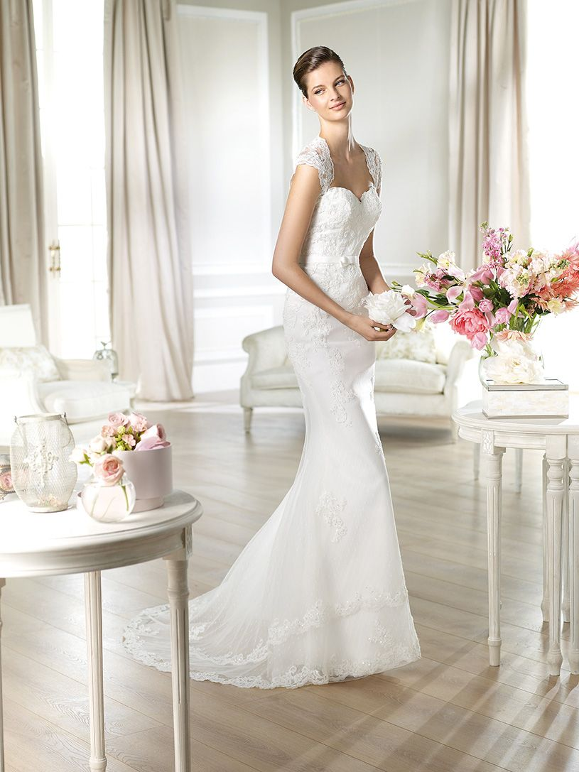 Natural wedding dresses  White One trouwjurk  model Jadaya  Xsasa bruidsmode  wedding