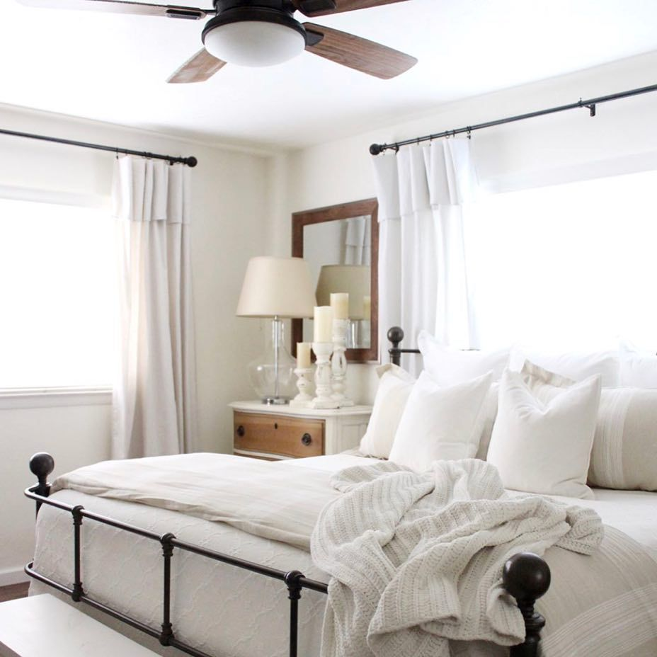 Guest Bedroom White And Gray: Pin By Celina Nelson On Bedroom