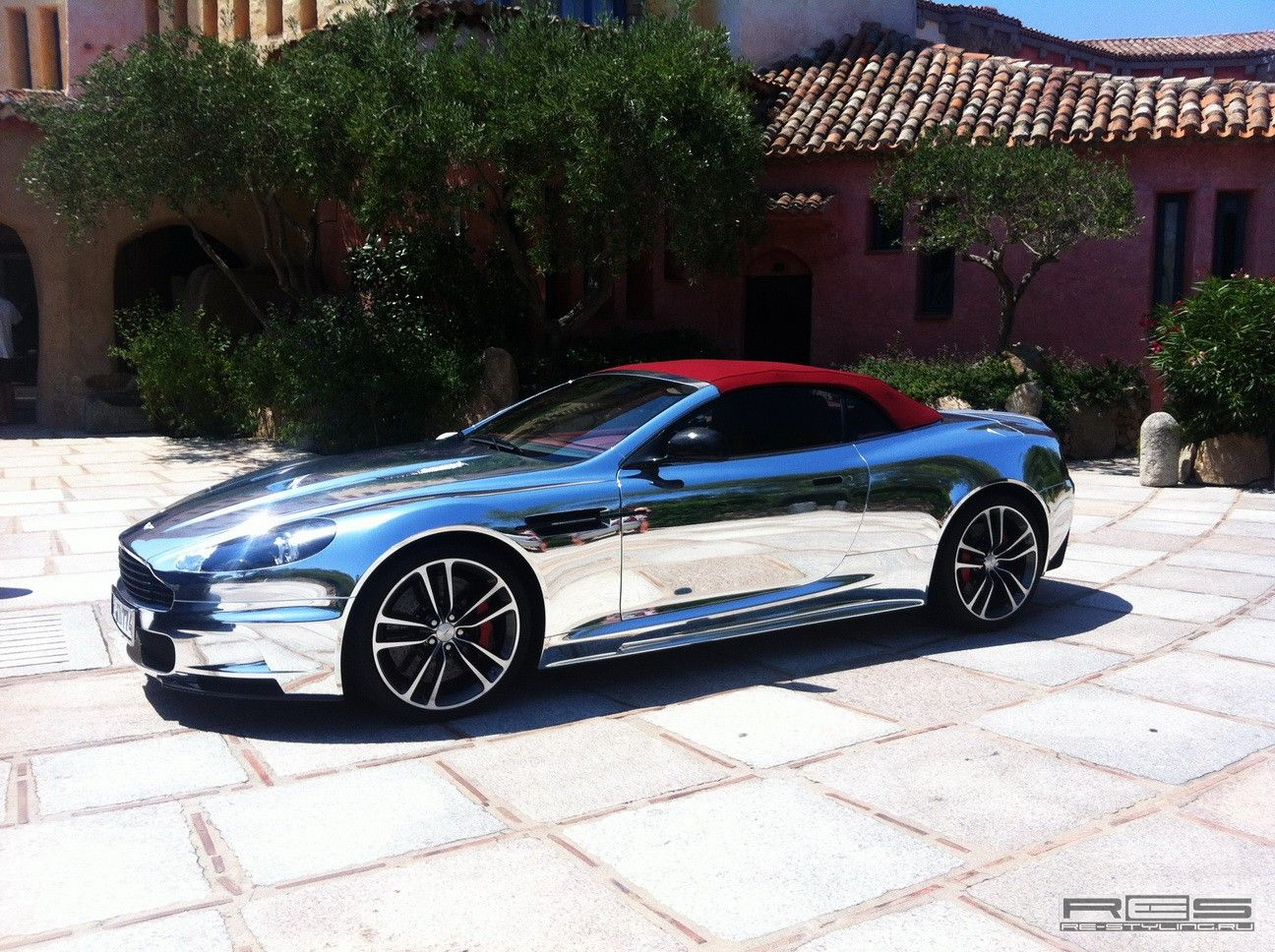 chrome aston martin dbs the only place you could drive it. Black Bedroom Furniture Sets. Home Design Ideas