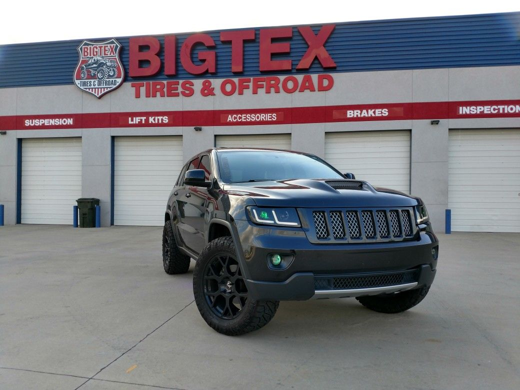 This Vehicle Is A 2013 Jeep Grand Cherokee With The Altitude