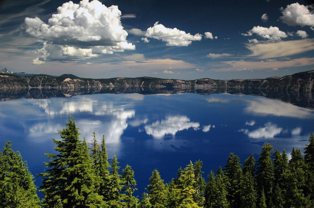 Oregon's Crater Lake National Park #craterlakenationalpark General park information for Crater Lake National Park, including hours of operation, where to stay, and when to visit. #craterlakenationalpark
