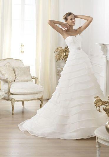Mademoiselle Szalon - Győr - menyasszonyi ruha ec1c234e87