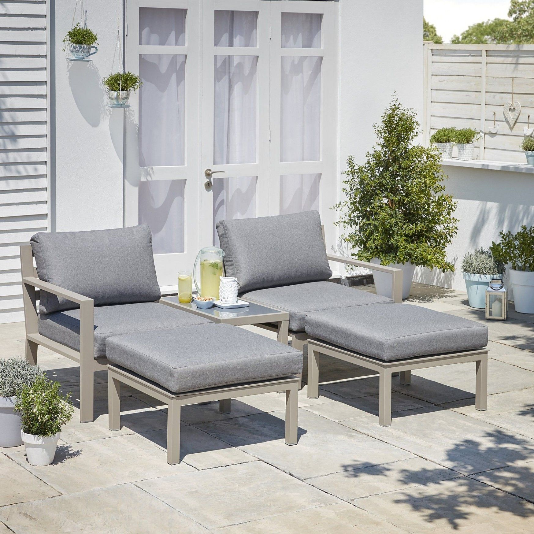 George Garden Furniture in 10  Furniture, Garden sofa diy