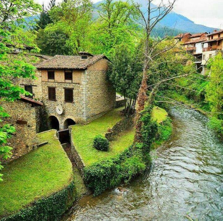Potes Cantabria Lugares Preciosos Lugares De España Paisajes De España
