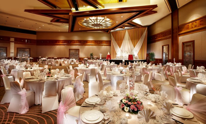 37 Majestic And Dreamy Hotel Ballrooms In Singapore For Weddings Hotel Ballroom Wedding Venues Halls Rental