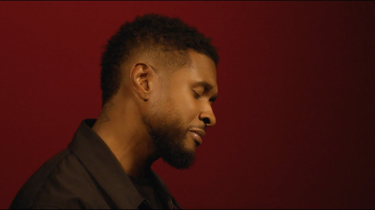 Usher Accused Of Making It Rain Fake Money Up In This Club!?