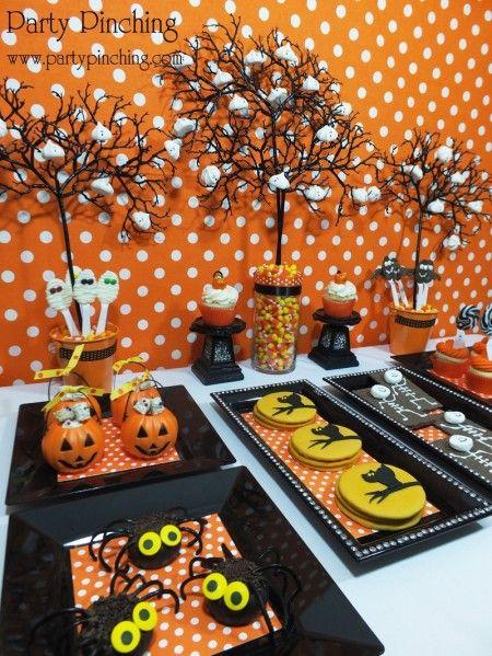 Tons of halloween party ideas, halloween dessert table, halloween - halloween baked goods ideas