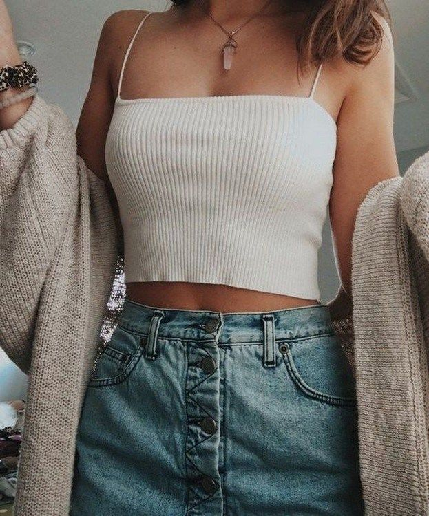 Photo of 42 Comfy Street Style Looks That Make You Look Cool #comfyoutfits #streets …