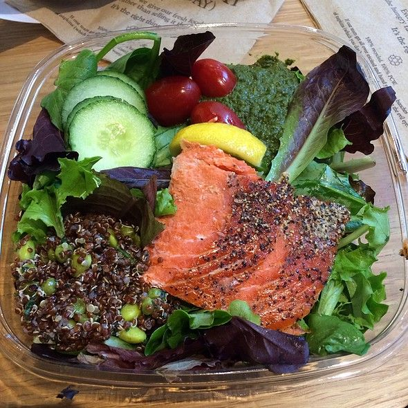 Pret a Manger Salad   Wild Salmon Salad at Pret A Manger Union Square