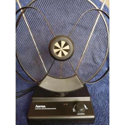 Aktive Antenne Zimmerantenne Verstärker Indoor Antenna DVB-T Zustand gut-technisch TOP DVBT UKW