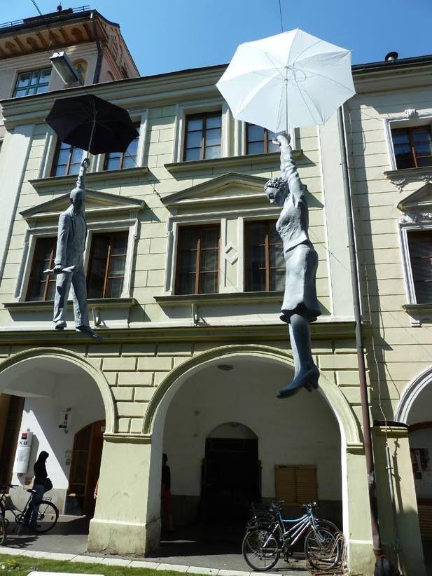 street art magic sculpture by Michal Trpak